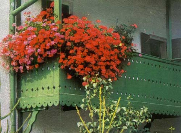 красивое оформление балконе