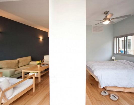 гостиная и спальня в трехкомнатной квартире