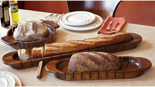 доска для нарезки и подачи хлеба