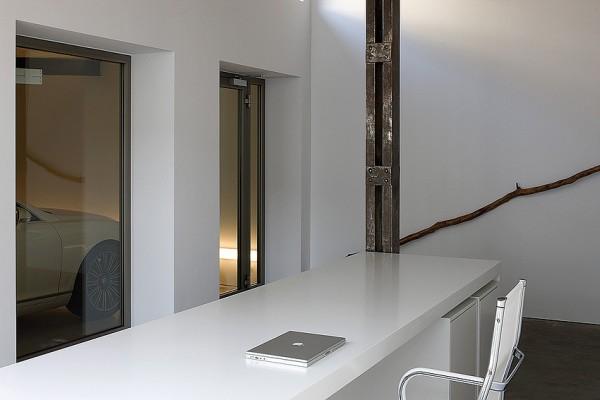 часть кабинета, лофт архитектора Бруно Эрпикума