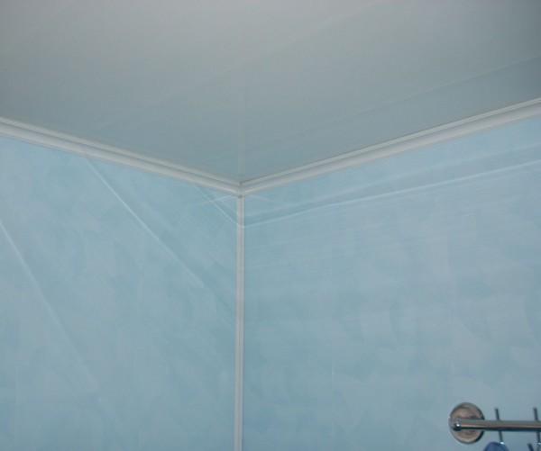 стены и потолок ванной
