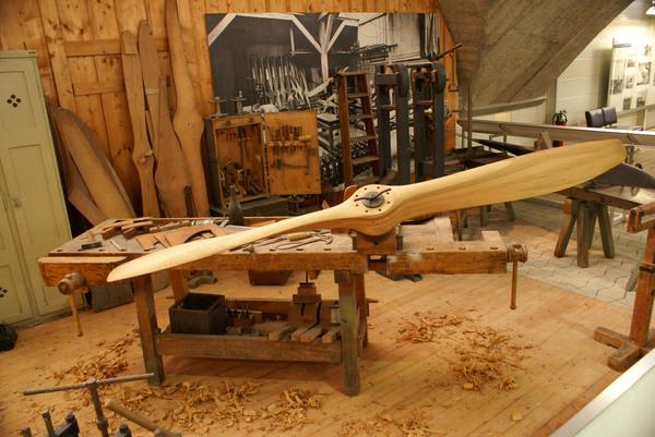деревянный пропеллер