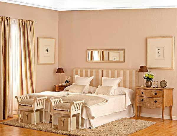 интерьер уютной спальни