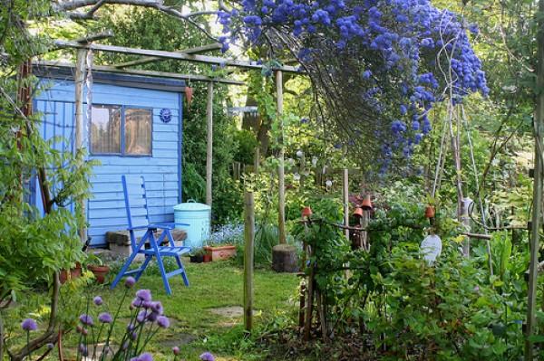 сад и мебель