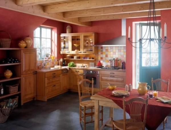 интерьер кухни в деревенском стиле.