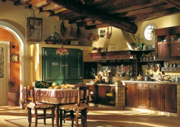 столовая и кухня в деревенском доме