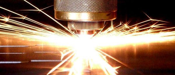 Как выполняется резка металла с помощью лазера?