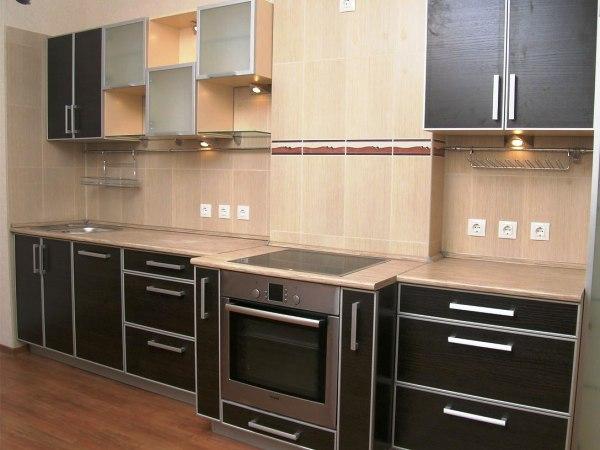 сочетание мдф с другими материалами при отделки фасада кухни