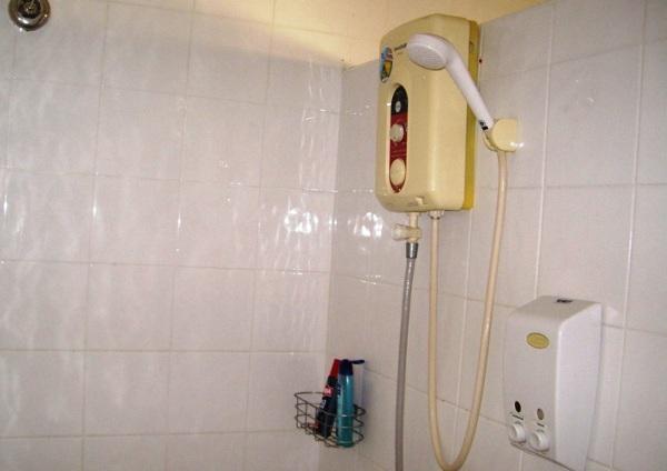 Преимущества и недостатки проточного электрического нагревателя