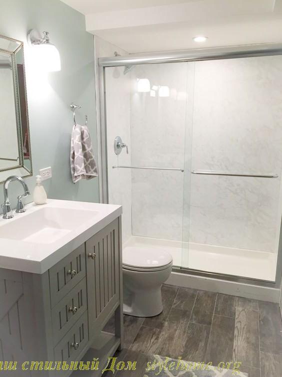 спокойный нейтральный дизайн ванной