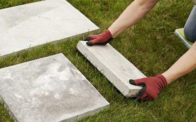 Советы как уложить пошаговую дорожку из тротуарной плитки на газон. Экономный и быстрый способ дорожки в саду.