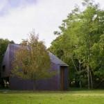 креативный дом в лесу